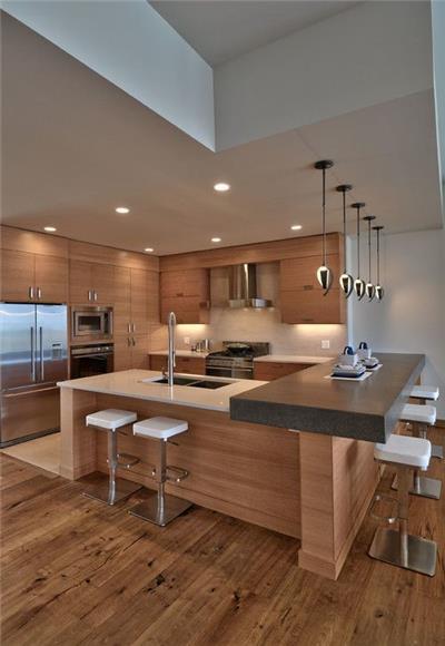 Traditional Hardwood Flooring - Laminate Wood Flooring
