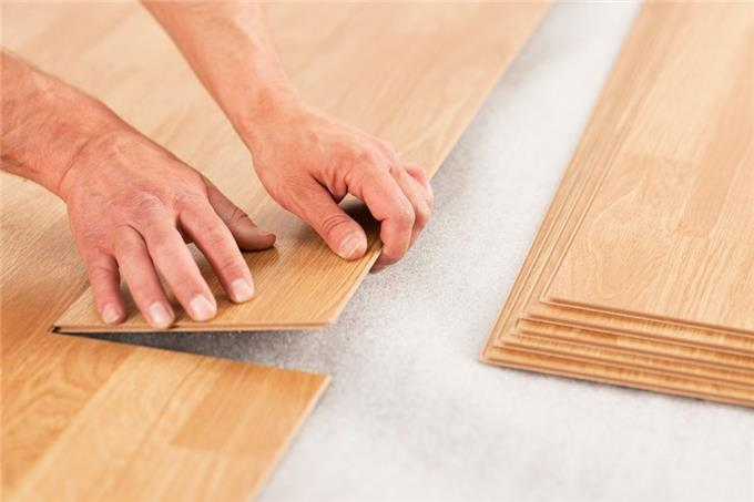 Laminate Flooring Manufacturers Install Underlayment Before Laying