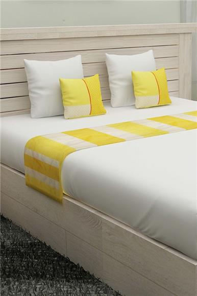 Further Complemented - Plain White Color Bed Sheet