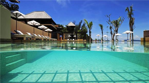 Coral Reefs - Gaya Island Resort