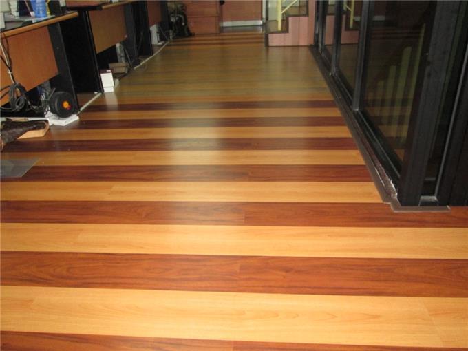 Lantai Kayu Laminated - Flooring Laminated Lantai Kayu Murah