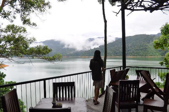 Around The Island - Belum Rainforest Resort